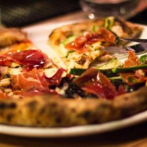 Omertá: la pizza se eleva enBellavista