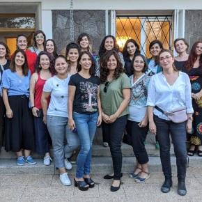 Nace la Asociación de Mujeres del VinoChile